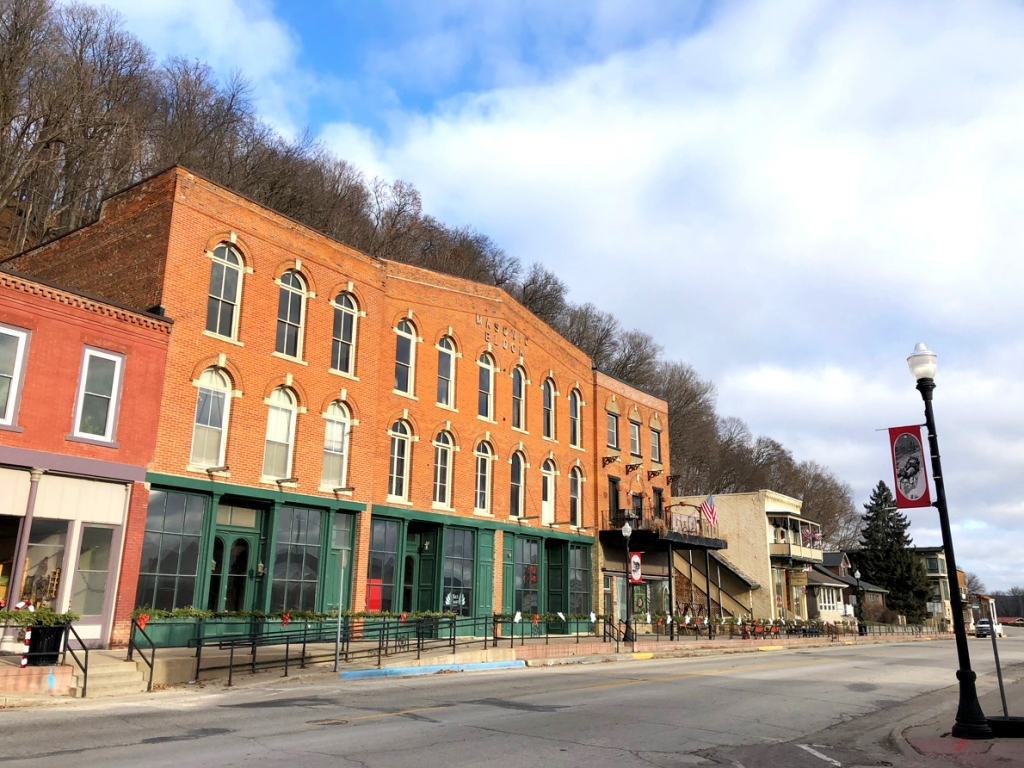 By Audrey Posten, Times-RegisterPlans are in the works to redevelop one of McGregor's most historic downtown structures. Black Swan Developers has proposed a $2.6 million to $2.8 million renovation project for the Masonic Block building at 134-138 Main St.Built in 1866, the Masonic Block...