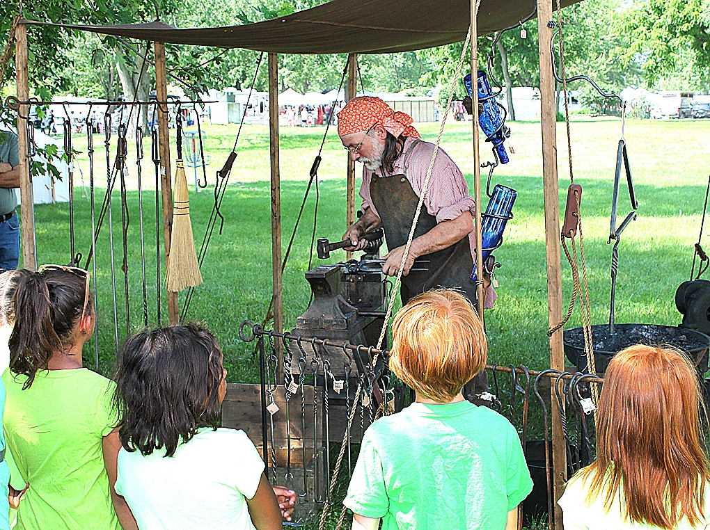The Big River Long Rifles will host the 44th annual Prairie Villa Rendezvous June 17-20 on St. Feriole Island. It is free to the public.Lots of great foods like fry bread, kettle korn, homemade rootbeer, Indian tacos and much more are available for purchase. Trader's row is filled with many...